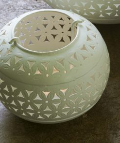 Iron pieced tea light holder